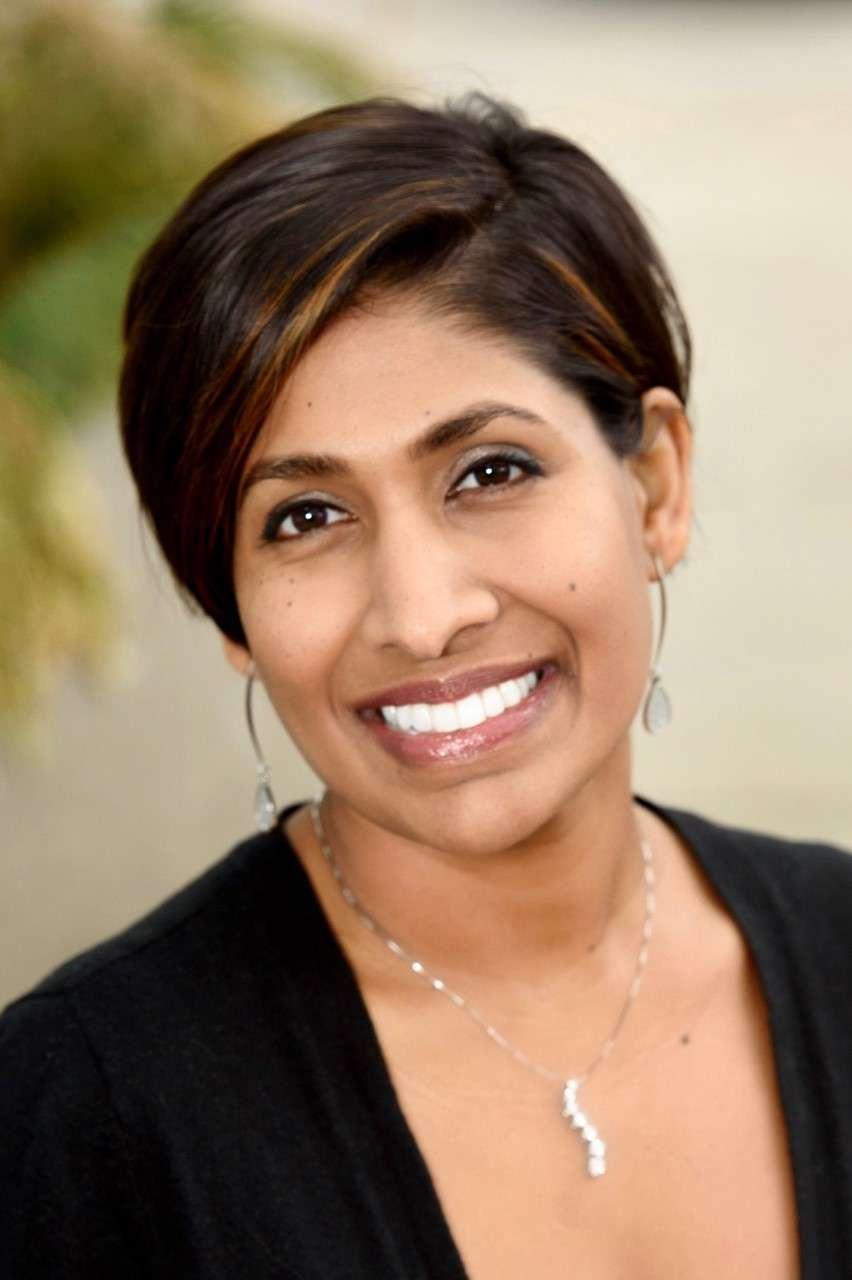 Dr. Dee Moonesinghe